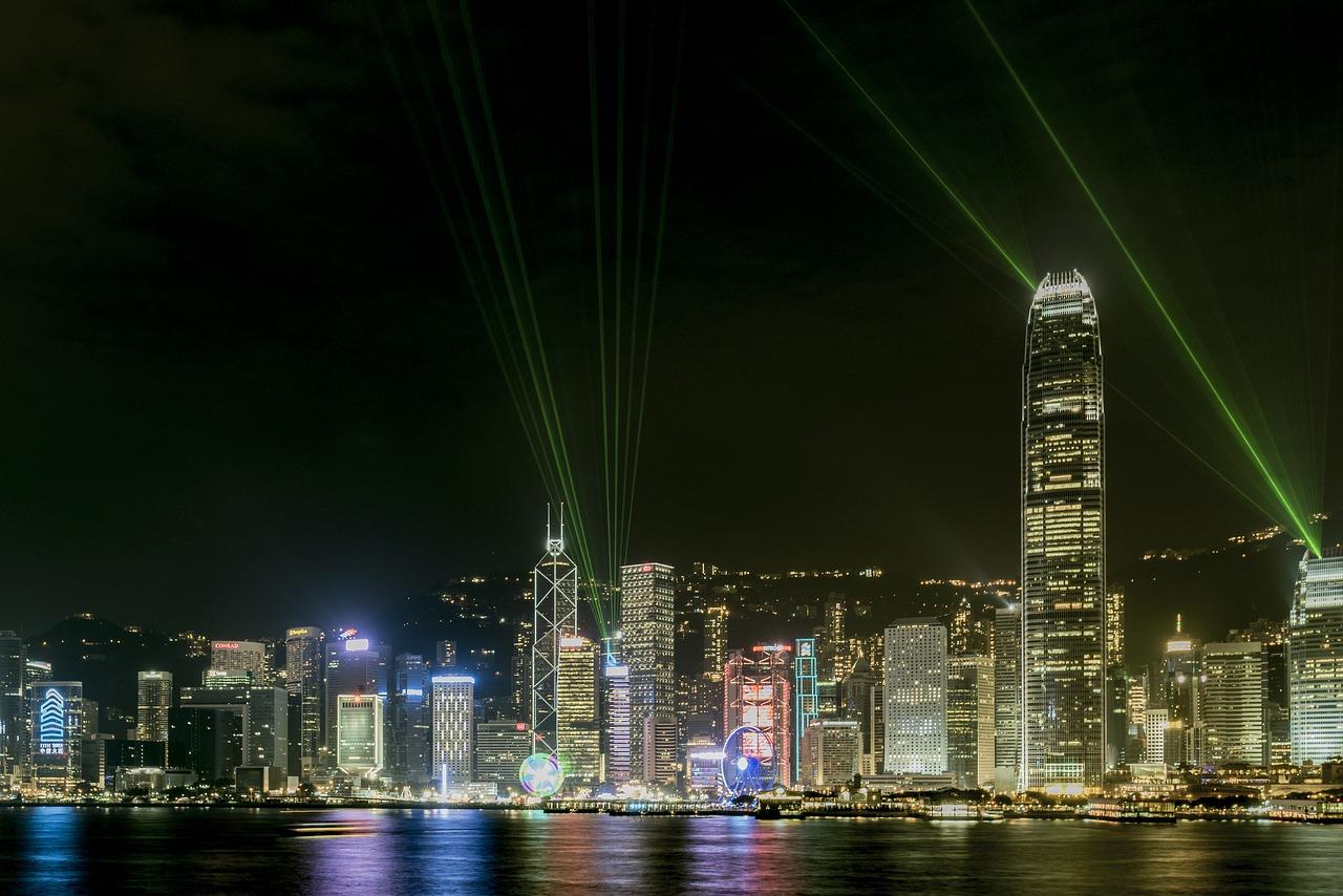 laser-1962125_1280.jpg